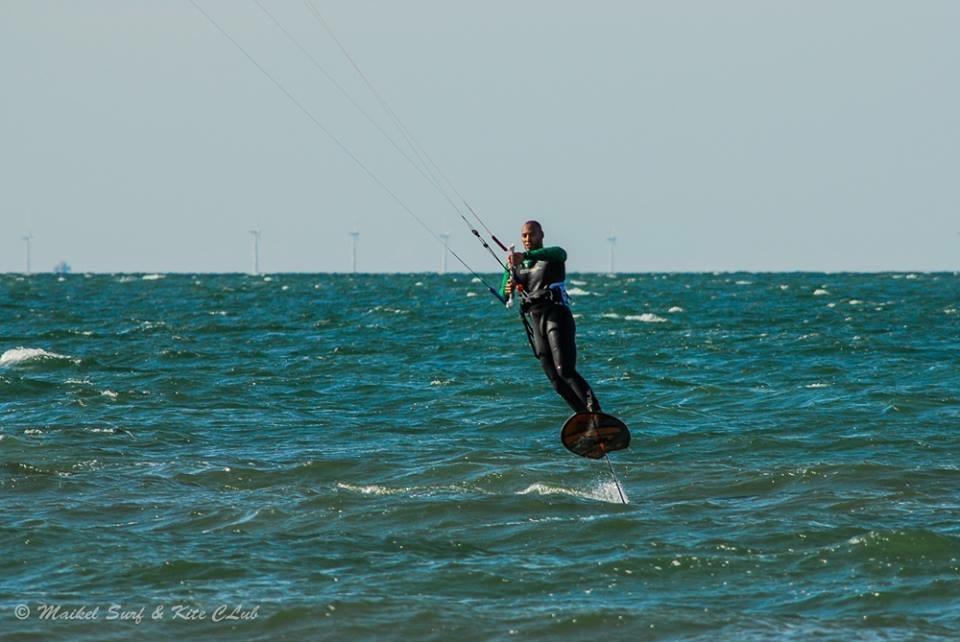 Kitesurfkurse an unserer Kiteschule an der Ostsee